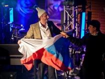 Warszawa_Jubileusz_15_lecia_zespolu_Kabaret_Mlodych_Panow_02_02_2012r_fot_Pawel_Mrowiec_gkwme0b