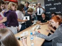 Rybnik_EMPiK_19_06_2010_r_spotkanie_z_fanami_fot_Gazeta_Rybnicka_azcmh0b